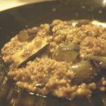茄子とひき肉の味噌炒めを作る。すべてが主役の物語